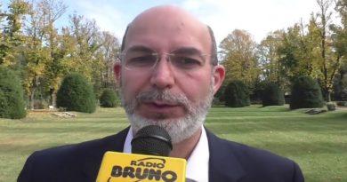 Vito Crimi: Sottosegretario all'editoria