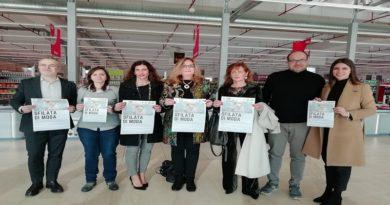 Una sfilata per creare un opportunità alle donne disoccupate